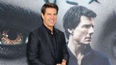 Information oi-Sanyukta Thakare   Printed: Tuesday, October 6, 2020, 15:32 [IST] Tom Cruise has resumed taking pictures for his upcoming movie, Mission: Unattainable 7 and Mission: Unattainable 8. Up to now few weeks, netizens have been handled with a number of sneak-peeks of the actor's daring motion scenes, and the current one comes from Tom's […] The post Mission Impossible 7: Tom Cruise Waves At Fans While Shooting On Top Of A High-Speed Train appeared first on Movie N Mission Impossible 7, Speed Training, Upcoming Movies, Tom Cruise, Taking Pictures, High Speed, Tuesday, Toms, October