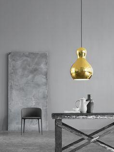 Calabash Gold designed by Komplot Design http://www.lightyears.dk/lamps/pendants/calabash-gold.aspx