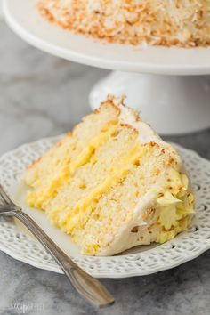 This Pineapple Coconut Cake is light, fresh and fruity, and covered in cream cheese whipped cream! It's the perfect Easter dessert or anytime treat! With step by step VIDEO. Slider Buns, Dessert Cake Recipes, Easy Cake Recipes, Monkey Bread, Cupcakes, Cupcake Cakes, Brisket, Chefs, Coconut Pineapple Cake