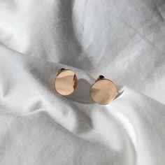 OMARI Mirror Disc Ear Studs - The Hexad Jewelry
