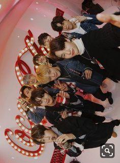 💫 - my stray kids Lee Min Ho, Mixtape, Monsta X, Got7, Felix Stray Kids, Kids Wallpaper, Wallpaper Desktop, Disney Wallpaper, Iphone Wallpapers