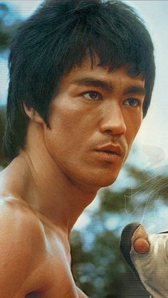 Enter the dragon, Bruce Lee, lost legend