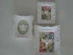 Trio de molduras em gesso decorada em tecido ,cor a escolher. apliques divino,anjo,flor. R$42,00