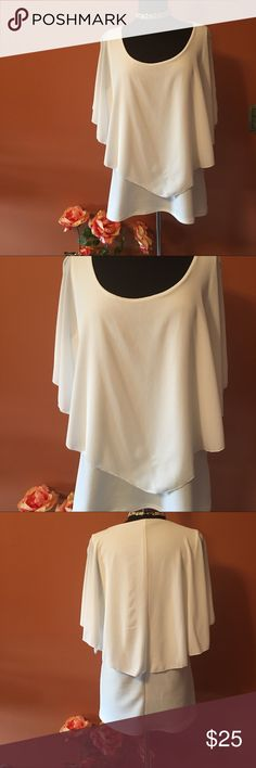 Torrid V-Front Popover Top in Ivory Size 1X, worn once in good condition, color: Ivory, scoop neck, layered, polyester/spandex torrid Tops Blouses