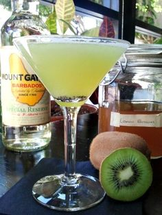 """The Kiwi Reserve """"smells like spring in a glass,"""" at The Breadfruit and Rum Bar in Phoenix. From @Chow Bella. http://www.voiceplaces.com/the-rum-bar-phoenix-2886981-l/"""