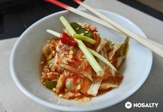 Koreai kimchi – káposztasaláta Korean Food, Thai Red Curry, Food And Drink, Meals, Chicken, Baking, Ethnic Recipes, Cook Books, Drinks