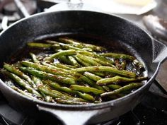 Get this all-star, easy-to-follow Blistered Green Beans recipe from Ree Drummond
