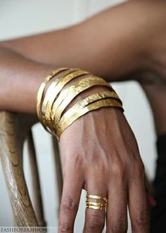 Love the gold bangles!   fashforfashion -♛ STYLE INSPIRATIONS♛