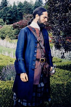 "sablelab: "" outlander-news: "" Duncan Lacroix as Murtagh Fraser | Season 2…"