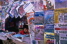 Newspaper stand in Lima, Peru, 1986. (Photo credit: Ferdinando Scianna / Magnum Photos)