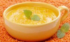 Rote-Linsen-Suppe mit Datteln
