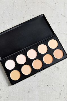 bh cosmetics Foundation + Concealer Palette - Urban Outfitters