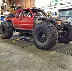 Such  a mean Toyota Pickup.  Toyota/ 4x4 / rock crawler / offroad /