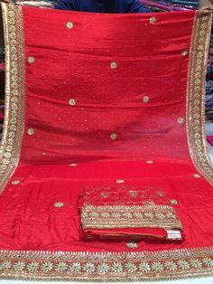 Punjabi Fashion, Indian Fashion, Bollywood Outfits, Desi Wear, Punjabi Suits, Indian Wear, Dress Making, How To Wear, Collection