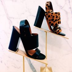 Found: walkable shoes that are also swoon-worthy. Thanks, @givenchyofficial #perfectpairs