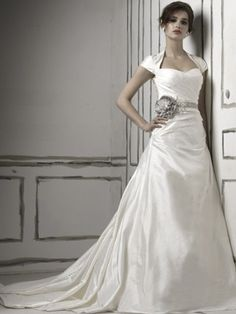 A-line 1940s vintage wedding gown