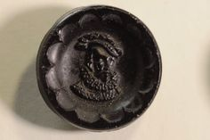 Antique Glass Button: Elizabethan Male Head. Hat with Feather. Ruffed Neck.