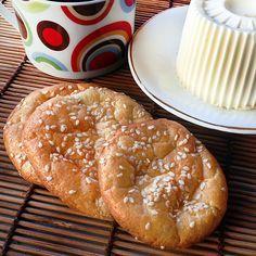 O pãozinho feito apenas com ovos e cream cheese é sucesso nas dietas low carb