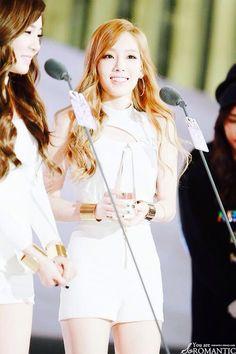 #Tiffany #Taeyeon #SNSD #taeny #TTS #holler
