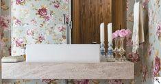 Design Beleza Intemporal por Gê Freitas.: Floral romântico para o lavabo