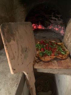 Wood Oven, Slow Cooker, Cooking, Kitchen, Wood Burning Oven, Wood Furnace, Kitchens, Crock Pot, Cuisine