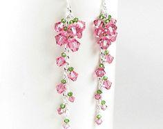 Pendientes de flor lila rosa cristal de por whimsydaisydesigns