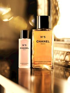 Chanel No.5 Christmas...never smelled before