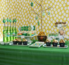 Fun St. Patrick's day table and many other ideas