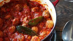 Shortcut sausage meatballs. © BBC