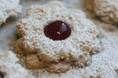 Slowakische Kokosringe: einfach kokosköstlich! Macarons, Winter Beauty, Sweets, Cookies, Stollen, Fours, German Recipes, Desserts, Christmas