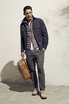 See all the Collection photos from Brunello Cucinelli Spring/Summer 2017 Menswear now on British Vogue Rugged Style, Winter Outfits Men, Casual Wear For Men, Mens Fall, Latest Mens Fashion, Gentleman Style, Brunello Cucinelli, Stylish Men, Menswear