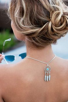 Fashionable sunglass chain, two triangle charms frame your face. This statement sunglass chain makes a fashion statement and protects your eyewear. Metal Spring, Beaded Lanyards, Eyeglass Holder, Eyeglasses, Dream Catcher, Eyewear, Unique Jewelry, Earrings, Silver