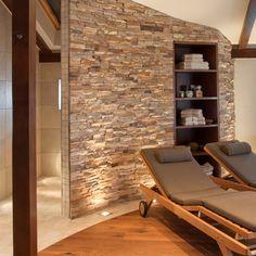 GroBartig Privater Wellnessbereich Im Dachgeschoss : Mediterraner Spa Von Stonewater  Landhaus Wohnzimmer, Schlafzimmer, Sauna Für