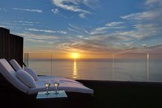 Atlantic Gold - Located right up on the slopes of the famous Twelve Apostles Mountains, Atlantic Gold is a gem of a guest house with fantastic sea views from most luxurious rooms and suites, and generous balconies to ... #weekendgetaways #campsbay #southafrica