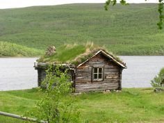 Old wooden hut by the lake. Helsinki, Trips To Lapland, Finland Summer, Scandinavian Cottage, Summer Cabins, Lapland Finland, Lappland, Scandinavian Countries, Nature