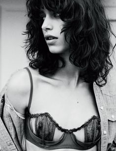 Mica Arganaraz by Billy Kidd for Numero # 152 April 2014 Billy Kidd, Fashion Models, Fashion Show, Fashion Portraits, She Is Gorgeous, Beautiful, Satin, Curled Hairstyles, Boho