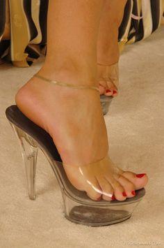 High Heel Slides & nothing but Mules Sexy Legs And Heels, Hot High Heels, High Heels Stilettos, High Heel Mule Shoes, Platform High Heels, Beautiful High Heels, Gorgeous Feet, Pantyhose Heels, Sexy Sandals