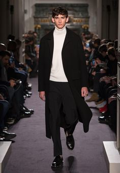 Valentino Official Website - Valentino Men Collection.