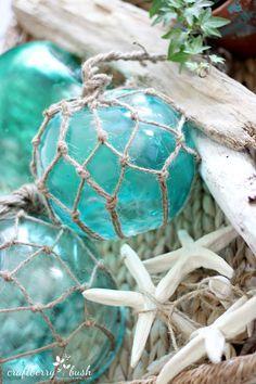 Absolutely beautiful! Craftberry Bush: Large glass buoys DIY
