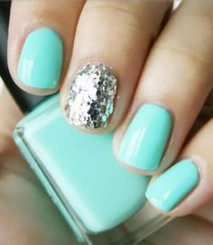 I like the turquoise.. not so much with the random sparkle nail.