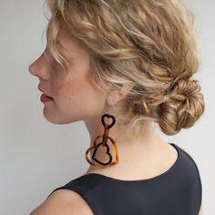 Hair Romance - rope twist braid bun hair style tutorial in curly hair