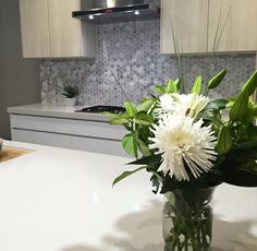 Kitchen design, designer, interior design, interior decorating, styling, product styling, real estate styling, bathroom design, colour consultant, fresh flowers, kitchen