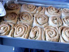 Herlige hvitløkssnurrer Cookies, Baking, Desserts, Crack Crackers, Tailgate Desserts, Deserts, Bakken, Cookie Recipes, Postres