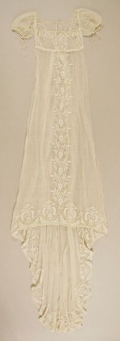 """Metropolitan Museum: French cotton dress c. One of my favorites! If I can make it, I would put it over a silk/satin powder blue love sleeve dress of the same style Vintage Outfits, Vintage Gowns, Vintage Lingerie, Dress Vintage, Vintage Costumes, Historical Costume, Historical Clothing, 1800s Fashion, Vintage Fashion"