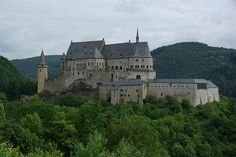 The castles of old - so romantic and beautiful....