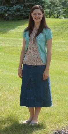 Não gosto muito de jeans, mas essa combinação ficou adorável.