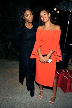 """Serena Williams Photos Photos - Athlete Serena Williams (L) and singer Solange Knowles attend Louis XIII Celebration of """"100 Years"""" The Movie You Will Never See, starring John Malkovich at a private residence on November 18, 2015 in Beverly Hills, California. - Louis XIII Celebrates '100 Years, The Movie You Will Never See,' Starring John Malkovich - Red Carpet"""