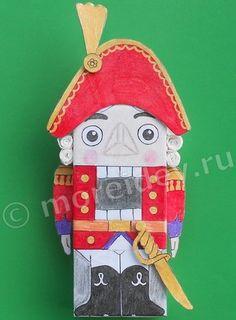 Щелкунчик из коробки Christmas Holidays, Christmas Crafts, Christmas Decorations, Holiday Decor, Ornament Crafts, Holiday Ornaments, Winter, Nutcrackers, Diy