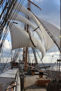 Barque EAGLE and let the wind blow