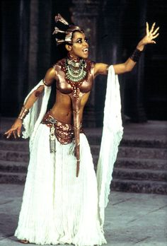 """Aaliyah as Queen Akasha in 2002's """"Queen of the Damned"""""""